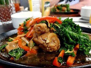 Filippinsk-Buffet-Julias-Restaurant